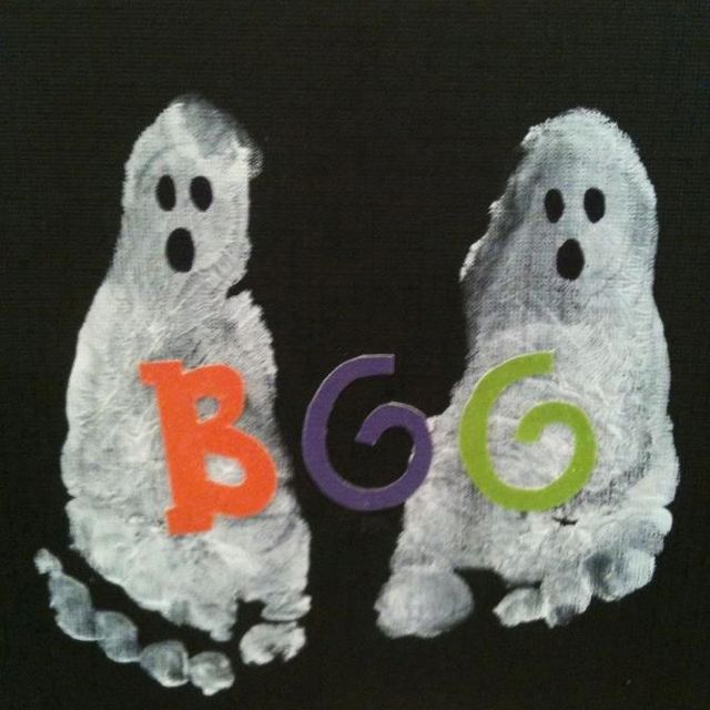 Baby footprint ghost Halloween cards My projects Pinterest - halloween arts and crafts decorations