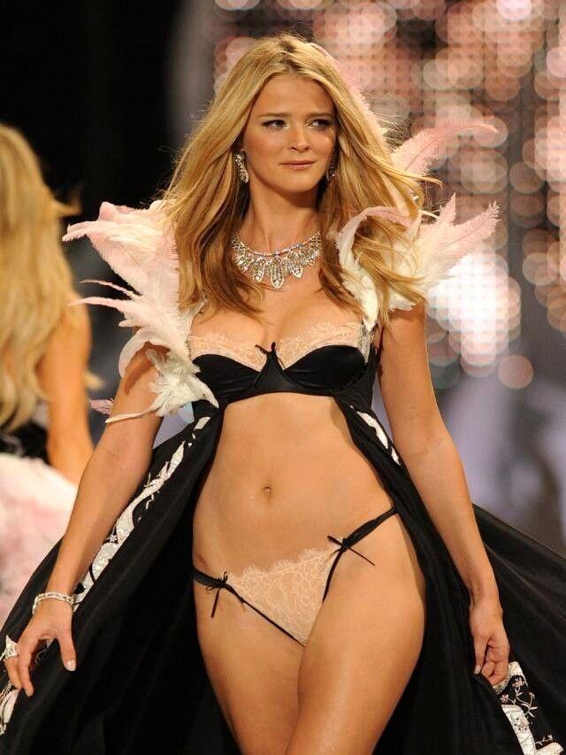 Victoria's Secret Fashion Show 2013 Full Video Hd-1080p
