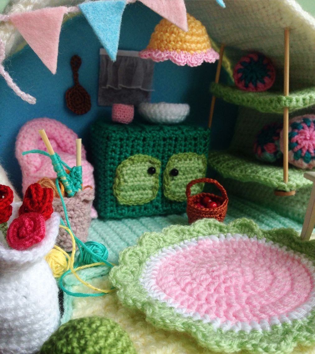 Diy crochet campercamping log fairy houses miniatures and fairy crochet house bankloansurffo Images