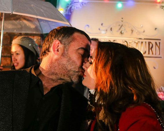 Kevin Webster and Anna Windass will share a kiss during New Year's Eve [ITV]