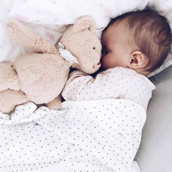 Картинки маленький ребенок спит