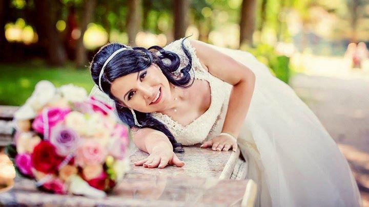 Te damos Asesoría de Imagen personalizada para elegir tu vestido! www.elenareynoso.com