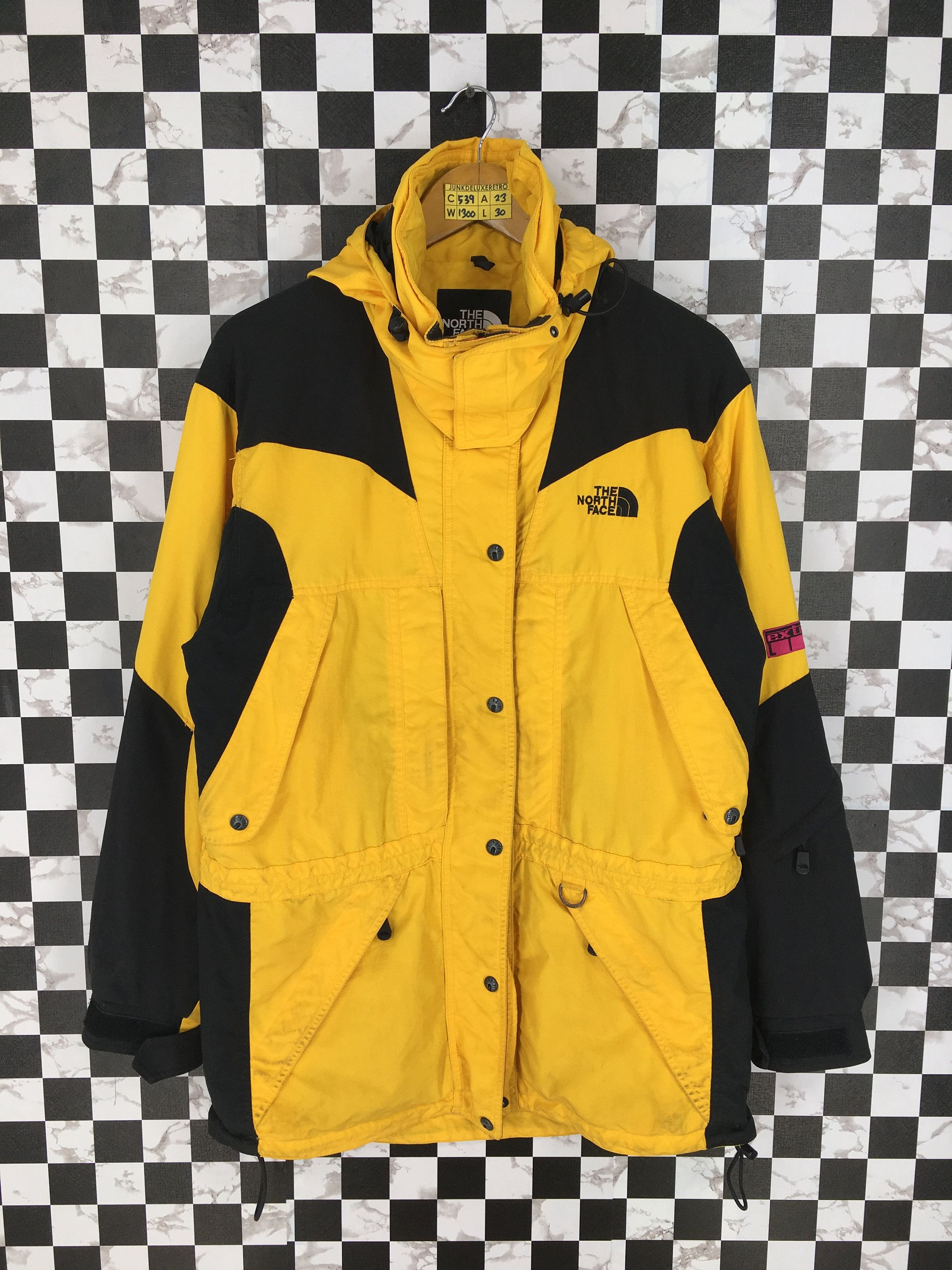 Vintage The North Face Jacket Mens Large North Face Ski Wear Yellow Jacket Hoodie North Fa North Face Jacket North Face Jacket Mens The North Face Jackets Mens [ 3000 x 2250 Pixel ]