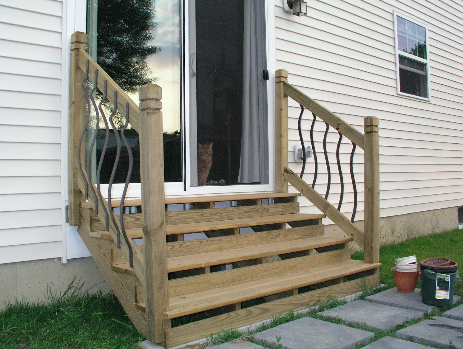 Best Build Stairs Off Deck Patio Stairs Deck Stairs Patio Steps 400 x 300
