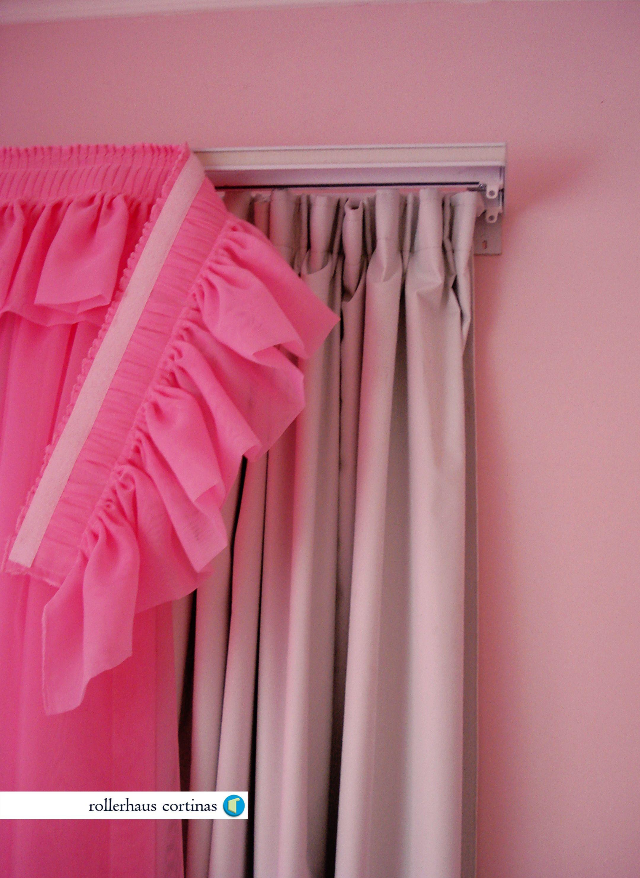 Cortina de tela blackout con cenefa rosa s per f cil de for Rieles para cortinas