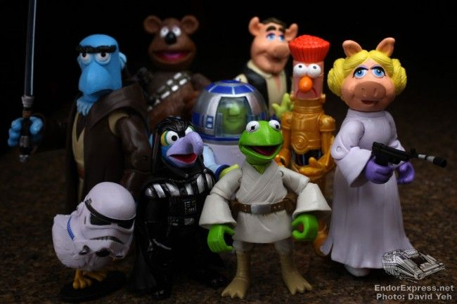 MUPPETS STAR WARS ACTION FIGURE - (for 19.95 a set - which includes 2 figures and accessories!) - The Star Wars Universe and The Muppets have always had on-screen pairings, from appearances in The Muppet Show to Sesame Street all the way to the animated series Muppet Babies.  Here at last, the Disney Theme Parks Merchandise Team have created four sets of your favorite Muppet characters playing in the Star Wars Galaxy.