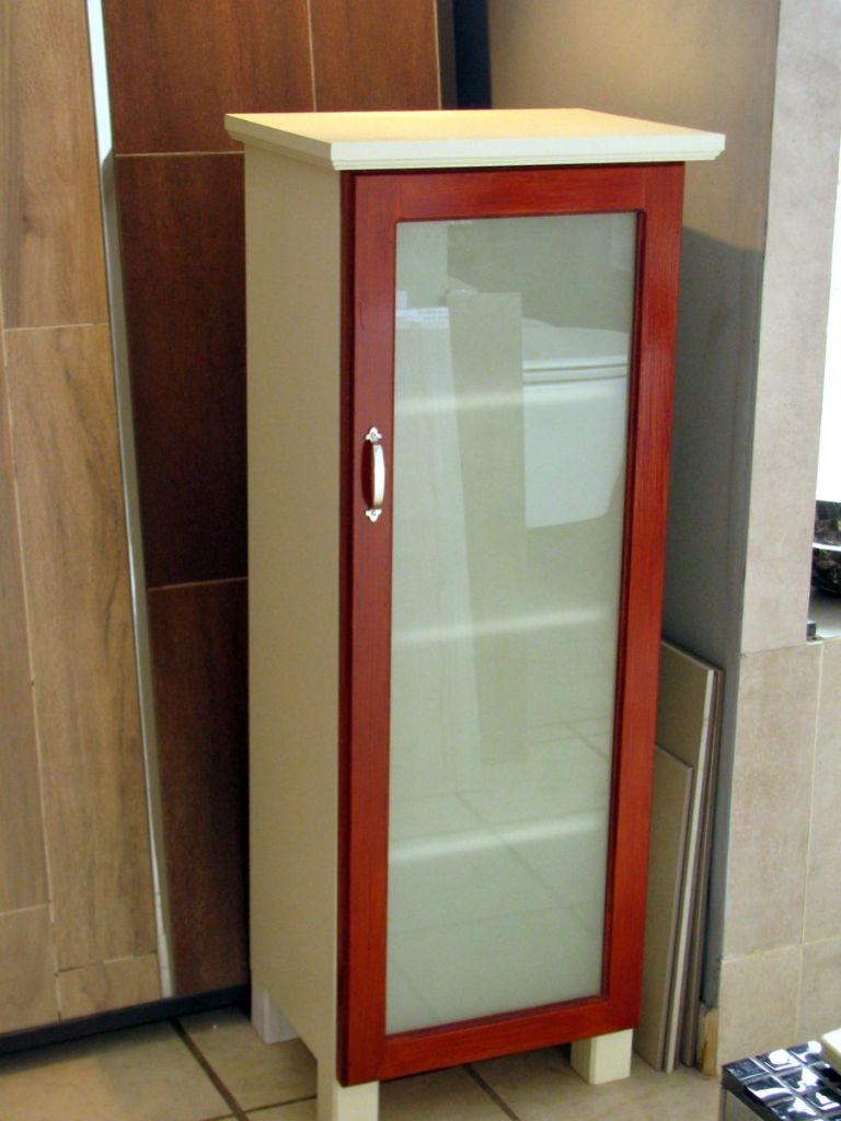 Aparador de madera con puerta para cocina o ba o muebles for Puertas de madera para bano