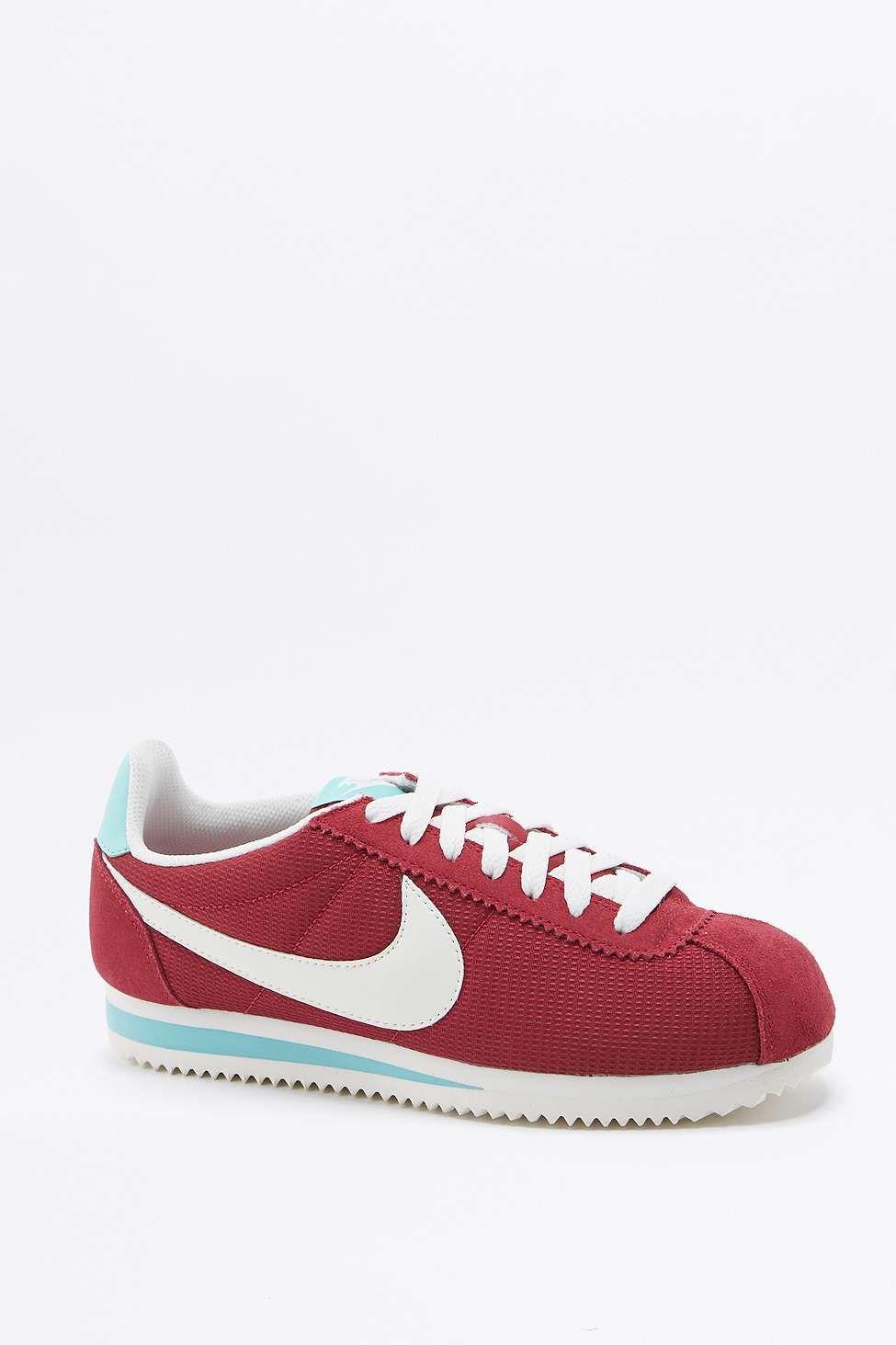 Nike Baskets classiques Cortez rouges, blanches et bleues M0DE