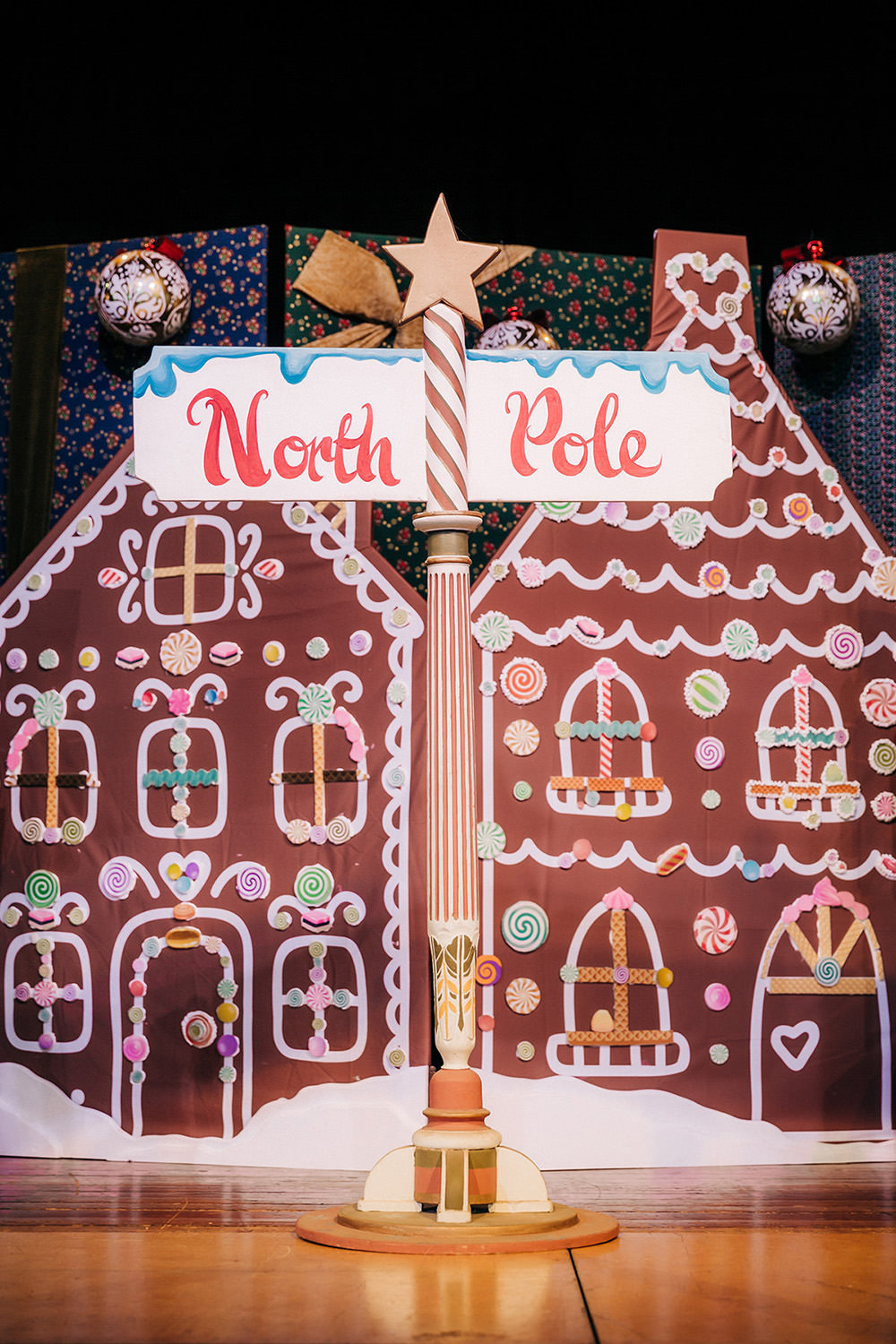 North pole Sign! Event props, School events, North pole sign