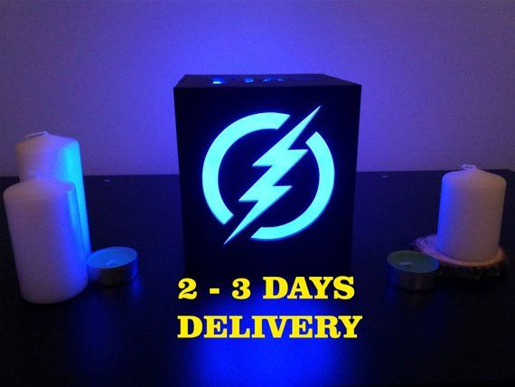 Wood night lamp The flash barry allen/Dc comics/Marvel comics/Superhero gifts/Birthday gift/Christmas gift/Wedding gift/Anniversary gift #superherogifts