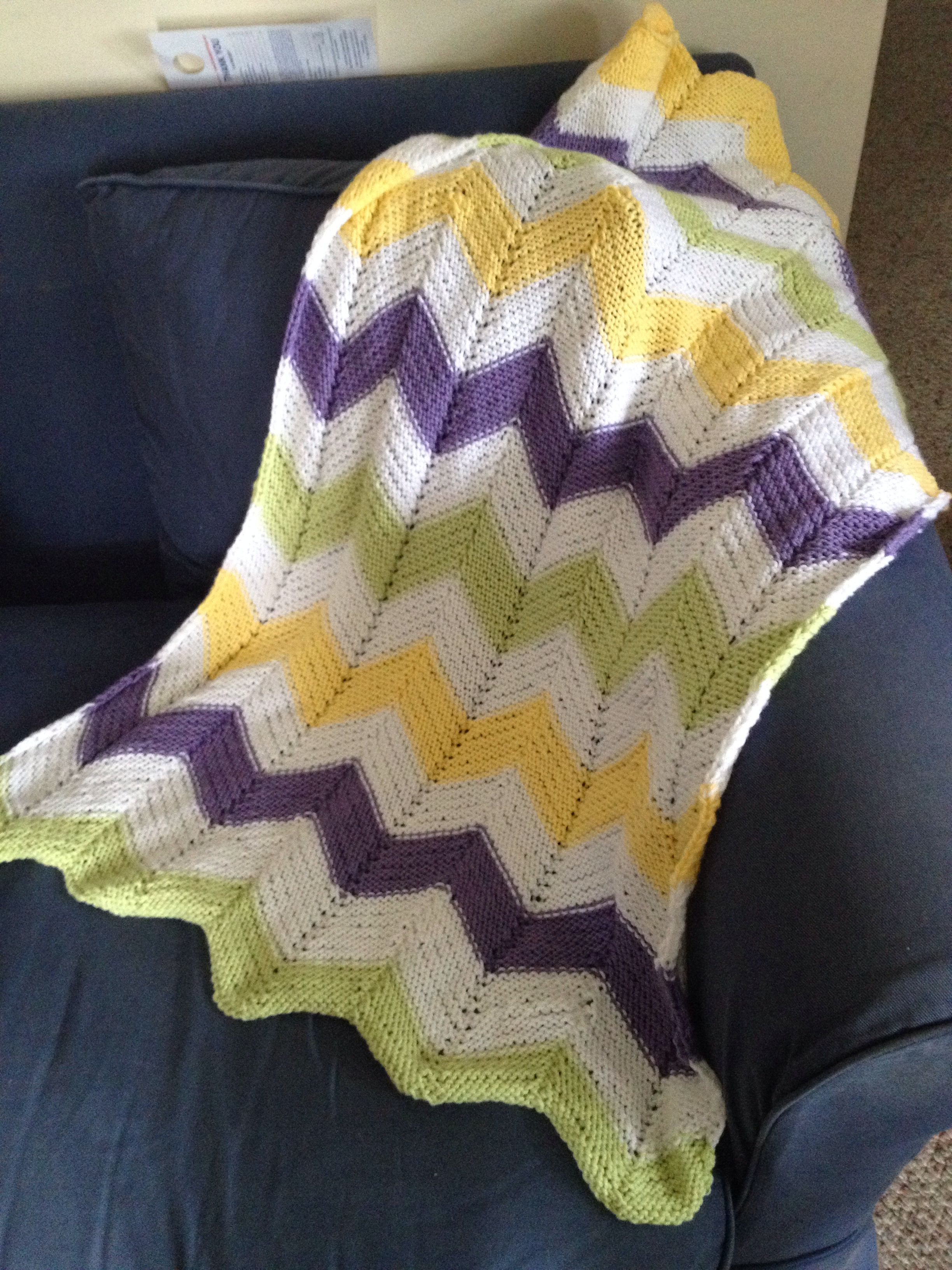 Chevron Baby Afghan. I love this pattern. And its free.  http://espacetricot.files.wordpress.com/2011/12/chevron-baby-blanket1.pdf
