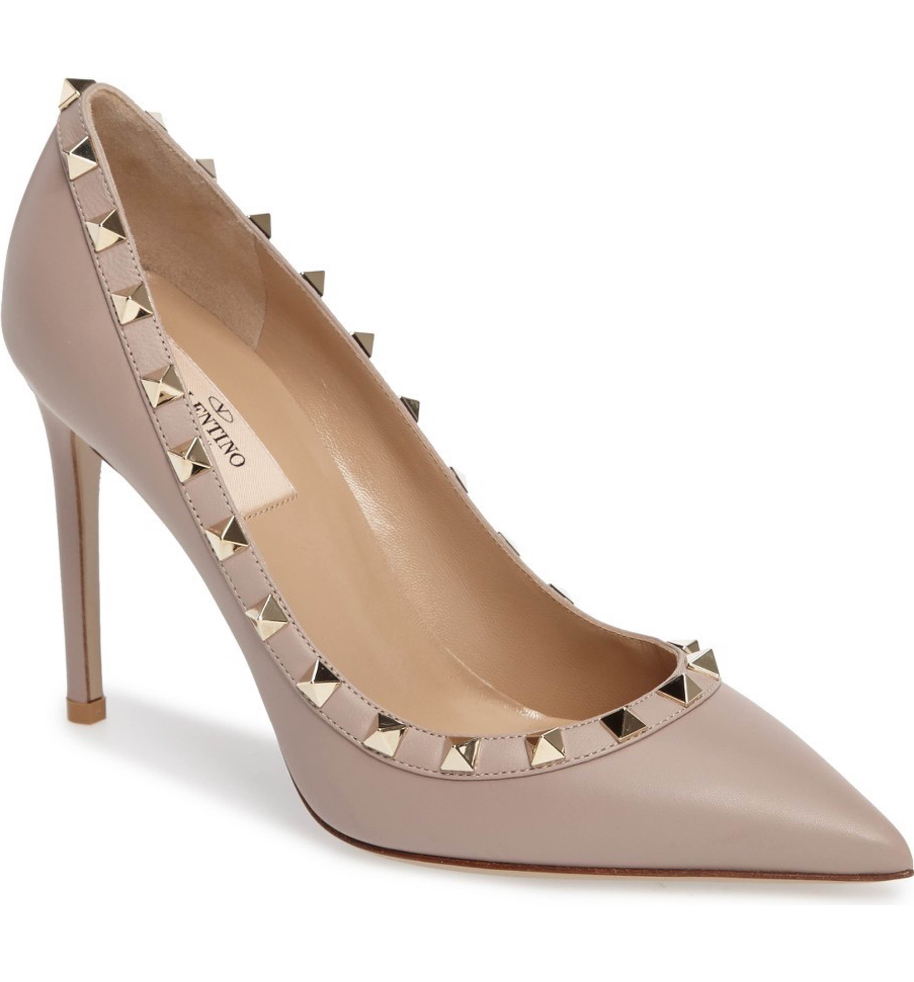 Valentino Rockstud Leather Pump in 2020 | Shoes women