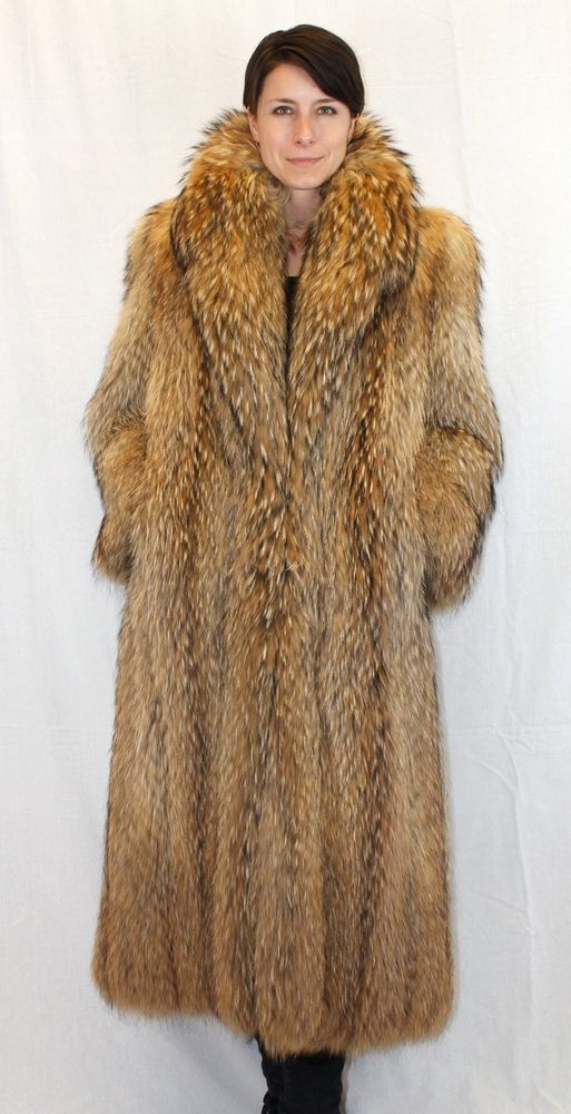 Large FINNISH RACCOON FUR COAT! Feathered, Lightweight Design! w ...