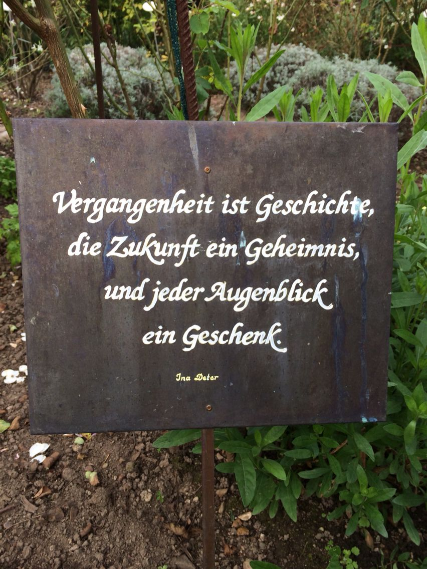 Im Kräutergarten Gengenbach | Sprüche, Sprüche garten ...