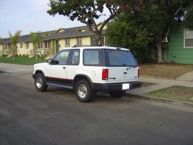 1994 Ford Explorer Sport Mine Was Tan Not White Ford Explorer Sport Ford Explorer Ford