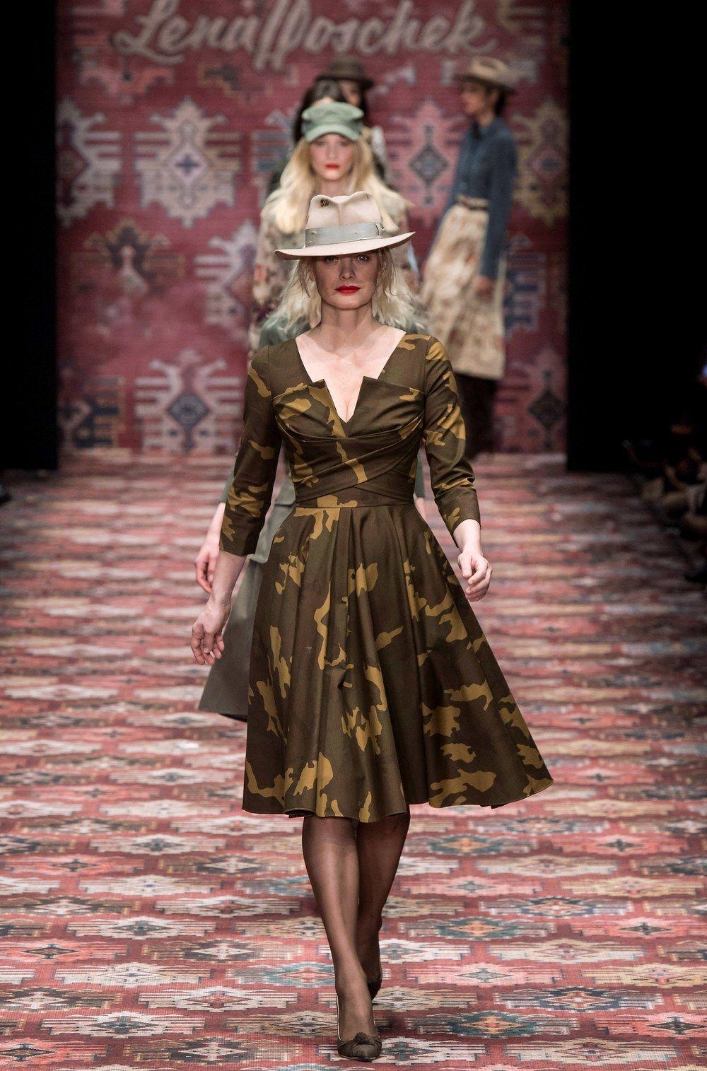 Lena Hoschek Berlin Herbst/Winter 4-4 - Kollektion  Vogue
