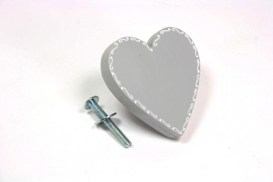 Bouton de meuble,de tiroir,coeur gris en bois peint  Meubles et - meuble en bois repeint