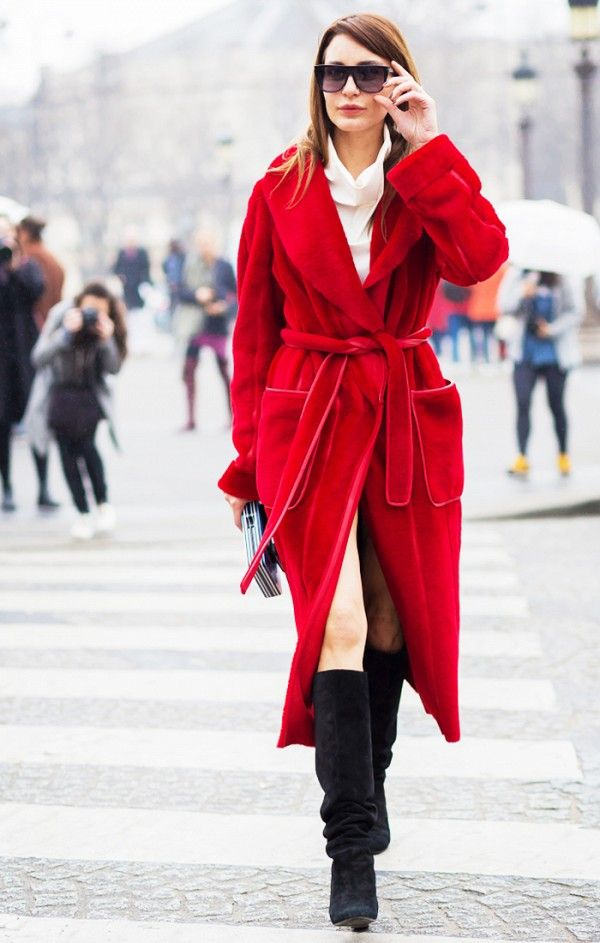 2cb06644ae ... Inspiration for Every Season – Glam Radar. Ece Sukan going to Chanel.  How To Wear Robe Coat  Fall s Unexpected Trend. Outfit  22