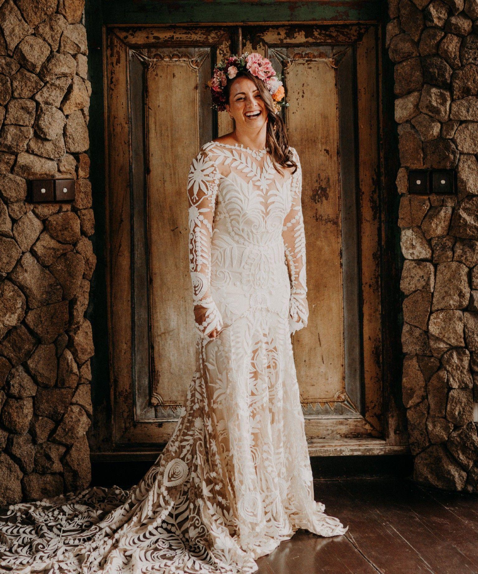 Rue De Seine Avril Wedding Dress Ruedeseine Bride Weddingdress Stillwhite Wedding Stillwhitebr Wedding Dresses Used Wedding Dresses Wedding Dresses Lace [ 1840 x 1535 Pixel ]