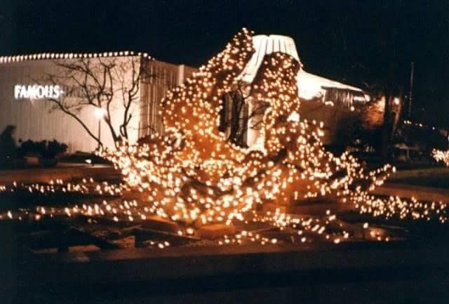 St Louis Christmas Lights 2019 Christmas lights at Northwest Plaza fountains, 1988 | Northwest