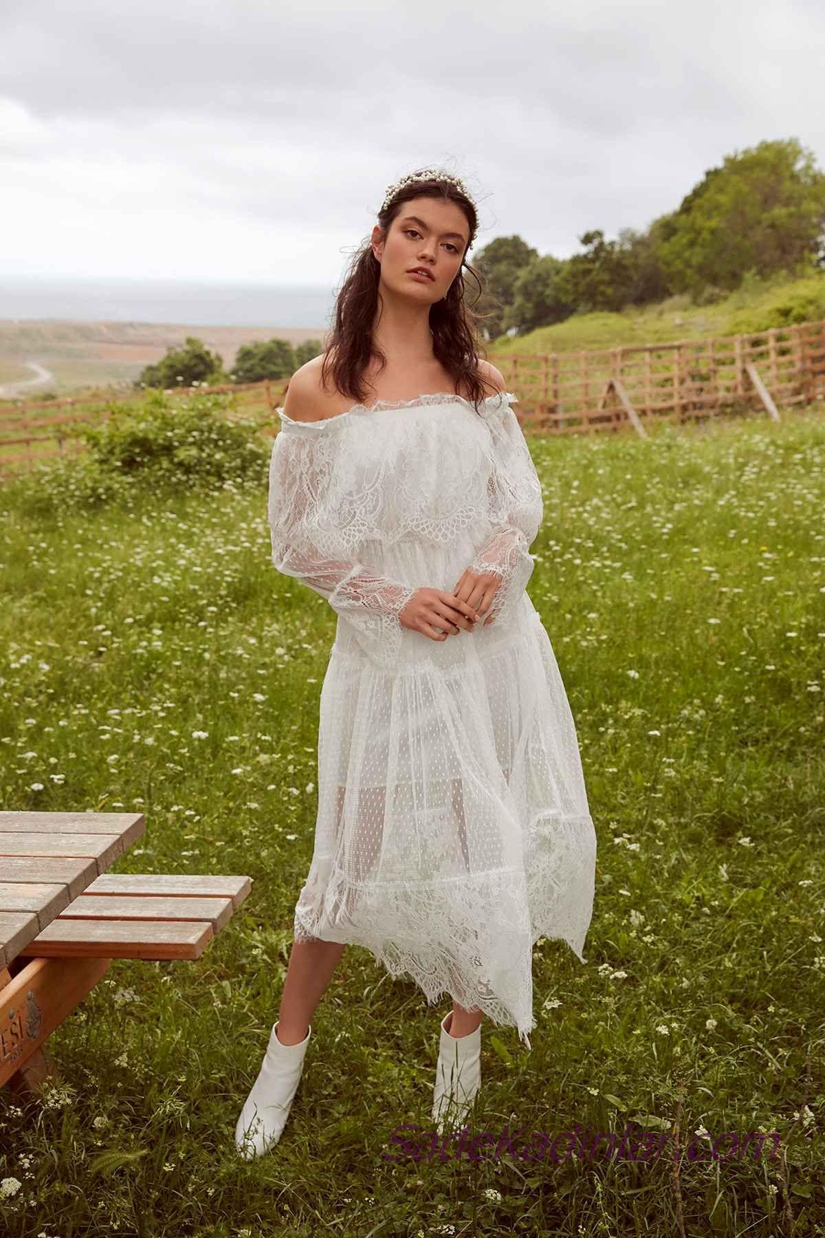 815dd35417c90 En Güzel 2019 Beyaz Elbise Modelleri Uzun Omzu Açık Düşük Uzun Kollu ...