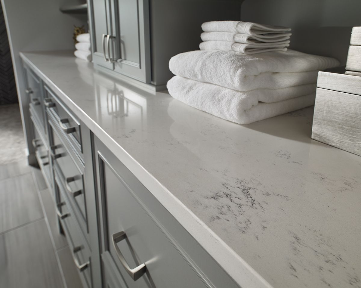 Carrara Marmi Quartz Features Subtle Veining That Adds Timeless Character Use These Beautiful Slabs To Quartz Countertops Countertops White Quartz Countertop
