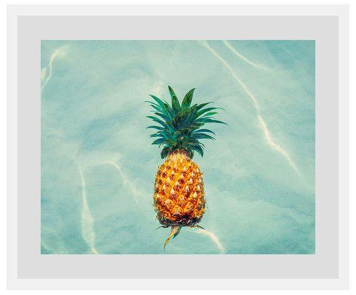 Stunning Floating Ananas Beim Anblick des gerahmte Digitaldrucks kommt Sommer Feeling auf Als Wanddeko