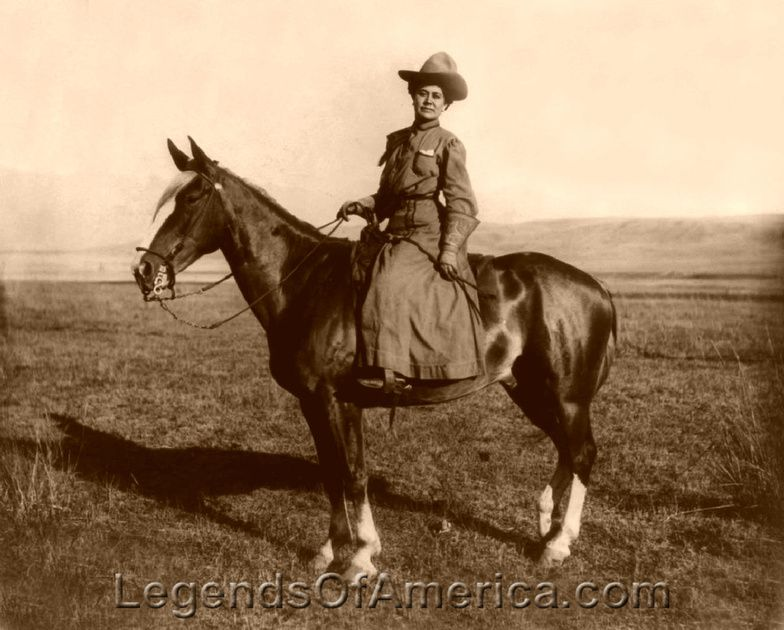 ❦Montana Cowgirl, 1909  Forget the girl look at the beautiful horse! www.garygreenfield.com