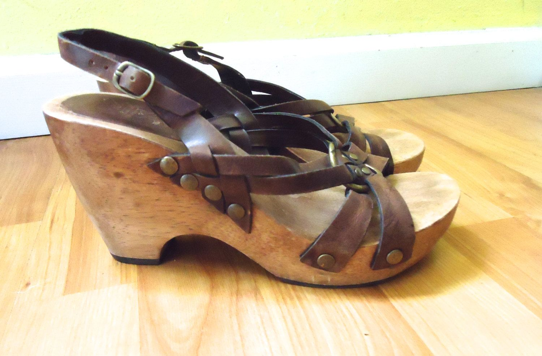 Boho 70s Cognac Leather Wooden Round Toe Clog Heels Split