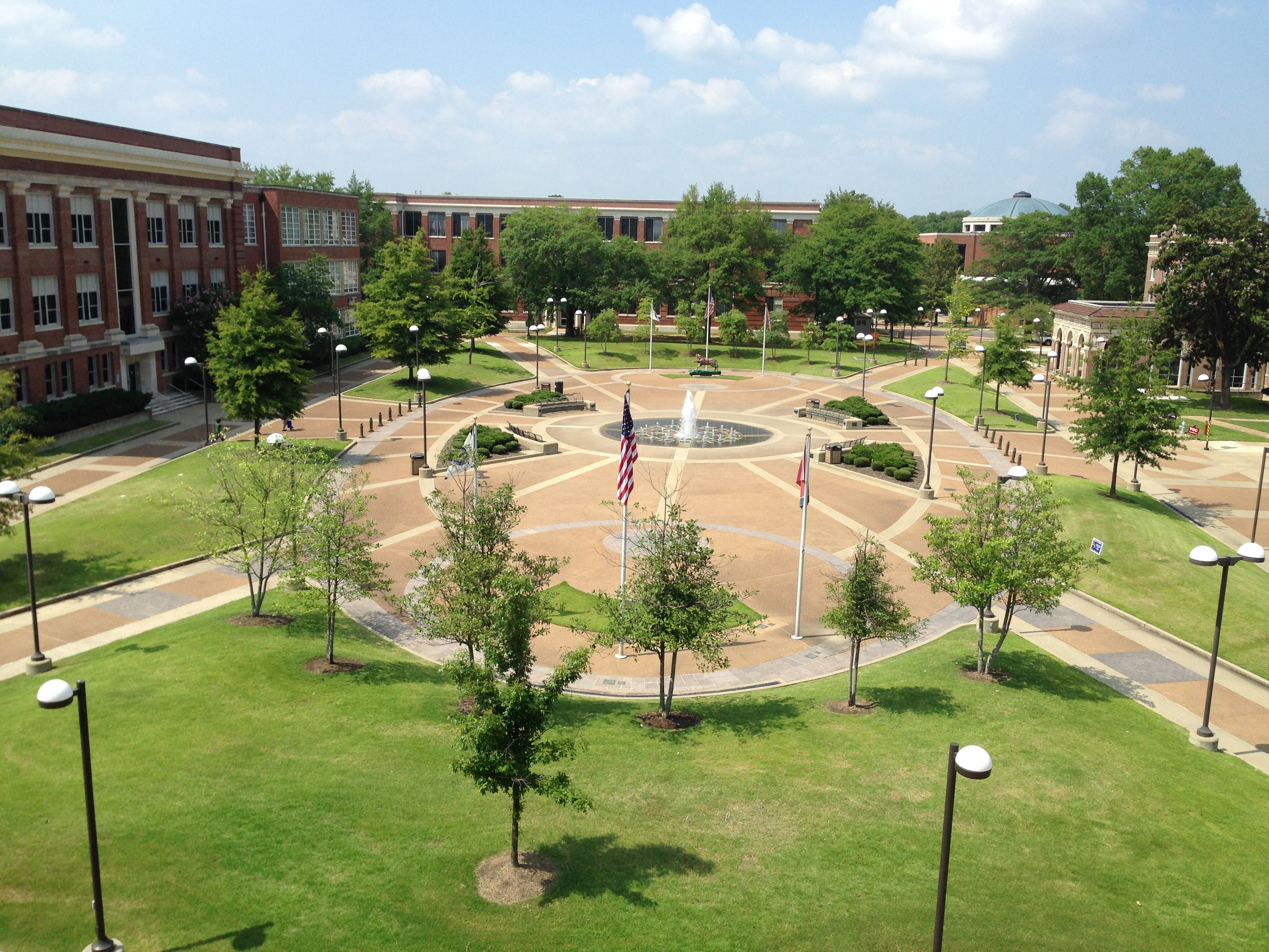 12 Reasons I Love The University Of Memphis Tennessee Colleges University Memphis