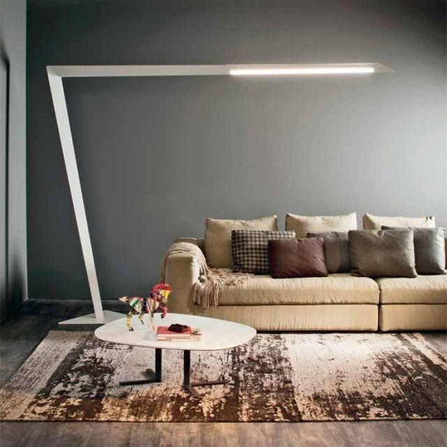 beleuchtung ideen-wohnzimmer standleuchte design-puristisch, Wohnzimmer