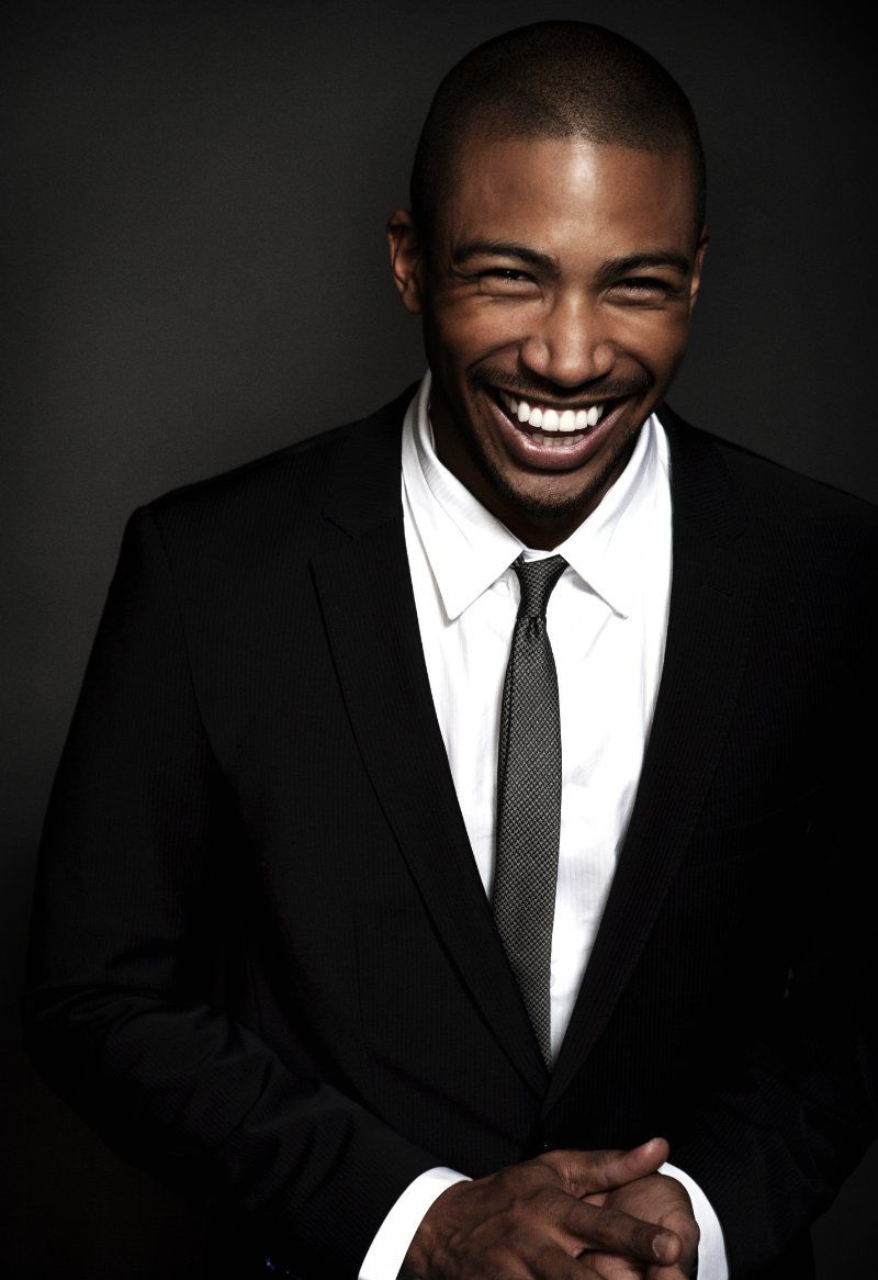 charles michael davis gorgeous men not afraid to smile