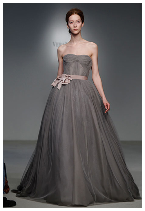 73d96e5a6d1f ... grosgrain multi-bow sash. Grey and Blush Wedding Dress, Vera Wang. How  interesting. This must be the first grey wedding dress I've seen!