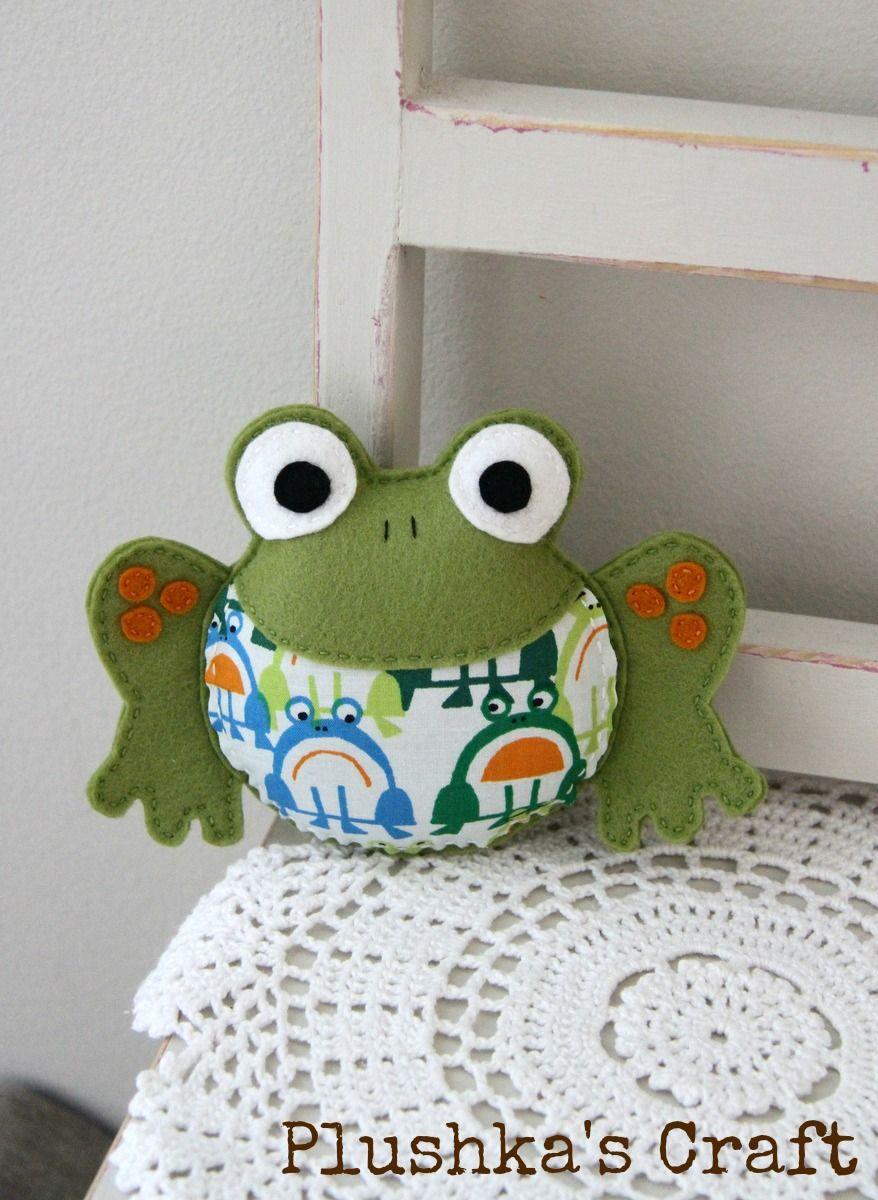 Plushka's craft: Rattle frog Pattern $10