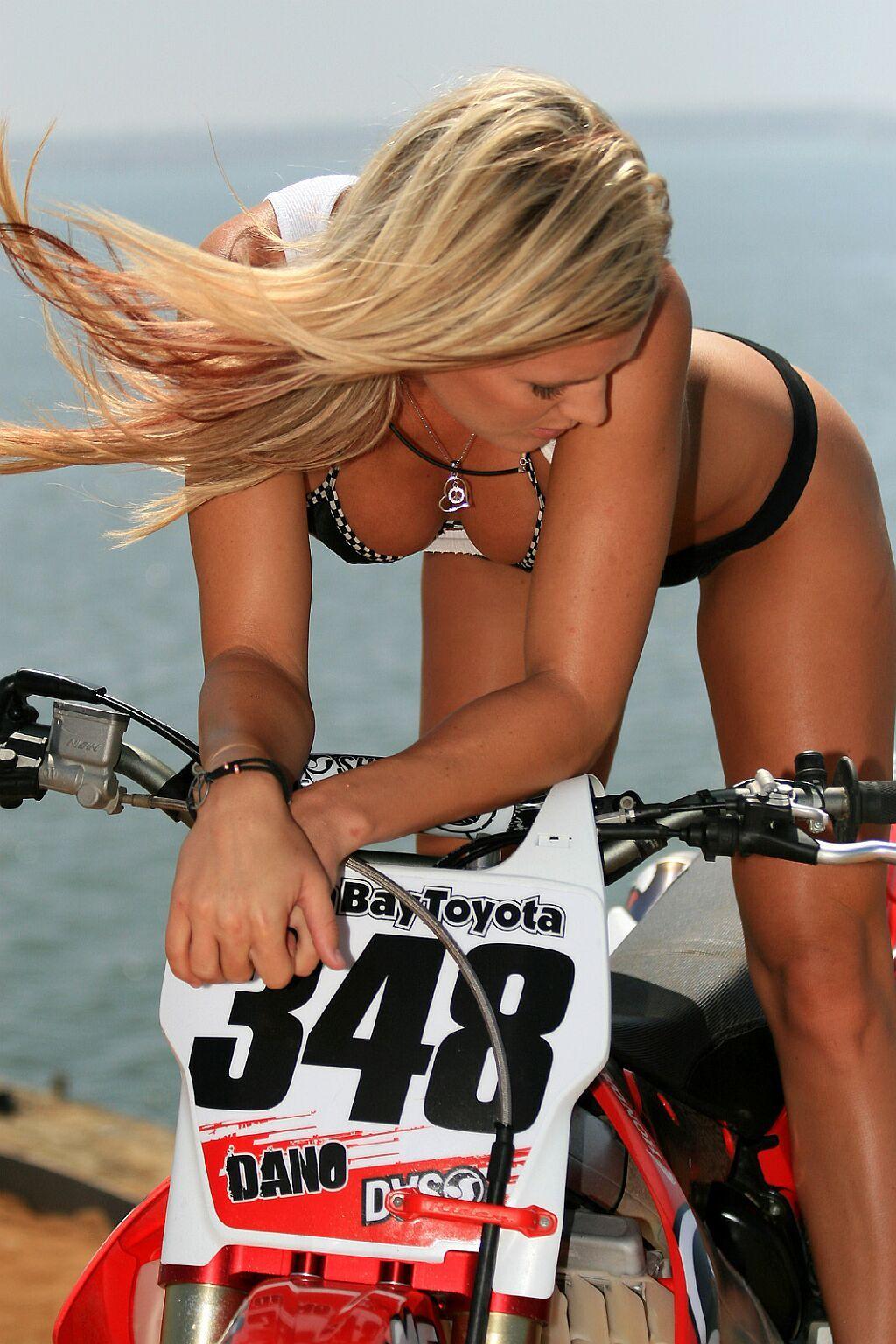 Motocross Girl  Hot Rides  Sexy Ladys  Motocross Girls -6117