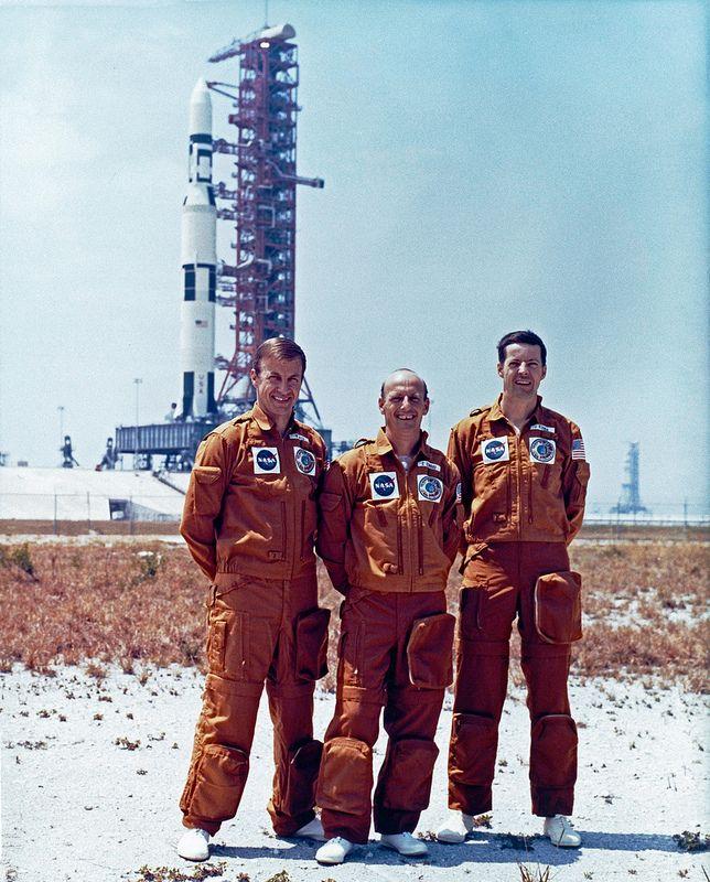 Skylab 1 Saturn 5 Rocket And Skylab 2 Astronauts Pad 39a