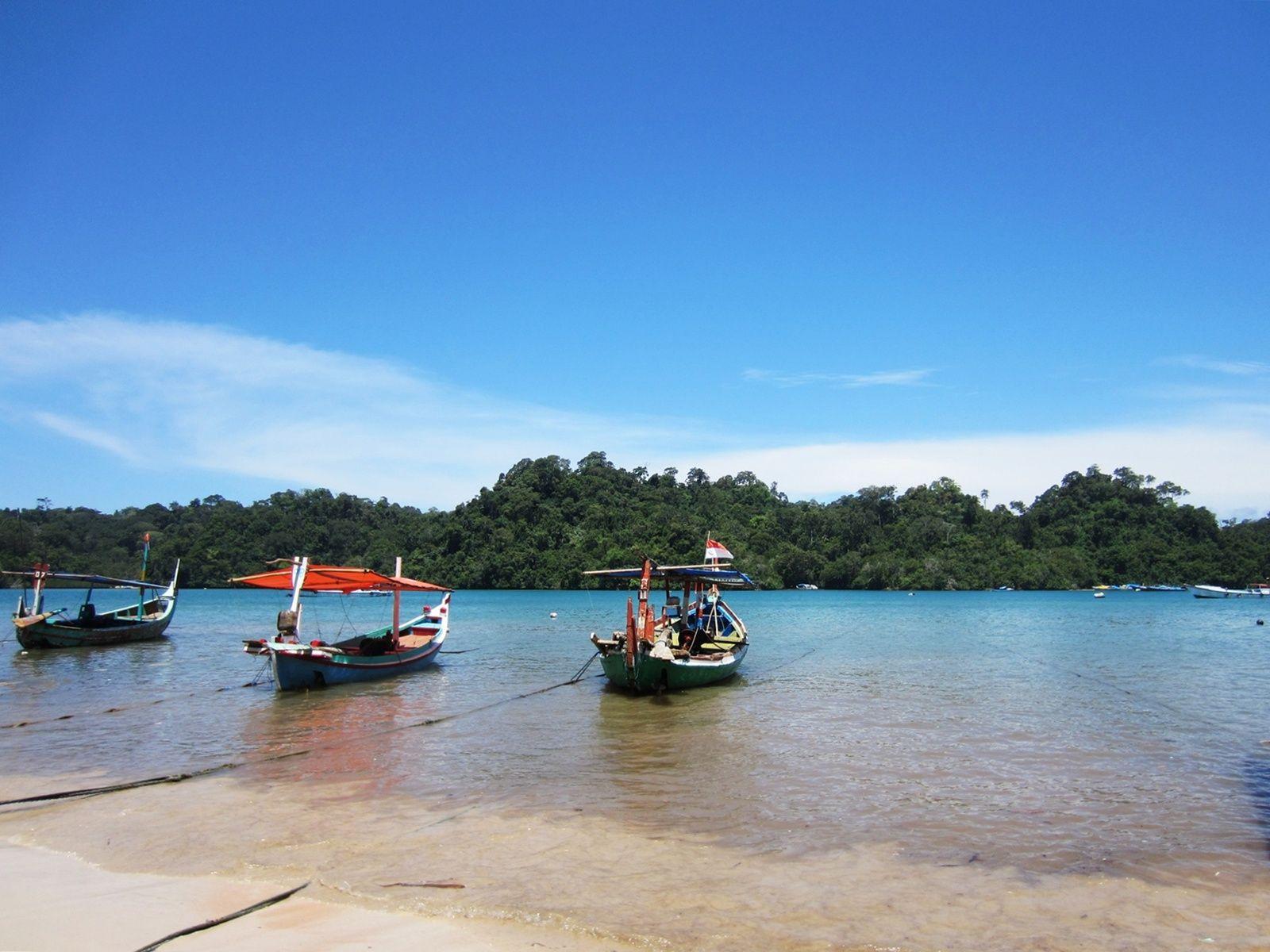 Pantai Sendang Biru Obyek Wisata Yang Sangat Indah Di Malang Jawa Timur Pantai Biru Malang