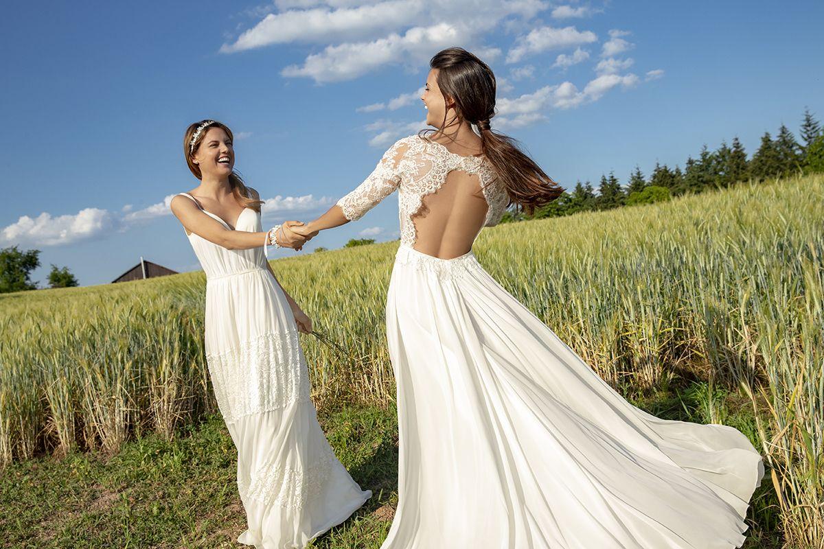 Rückenansicht: Freizügiges Boho-Kleid mit halblangen Ärmeln und