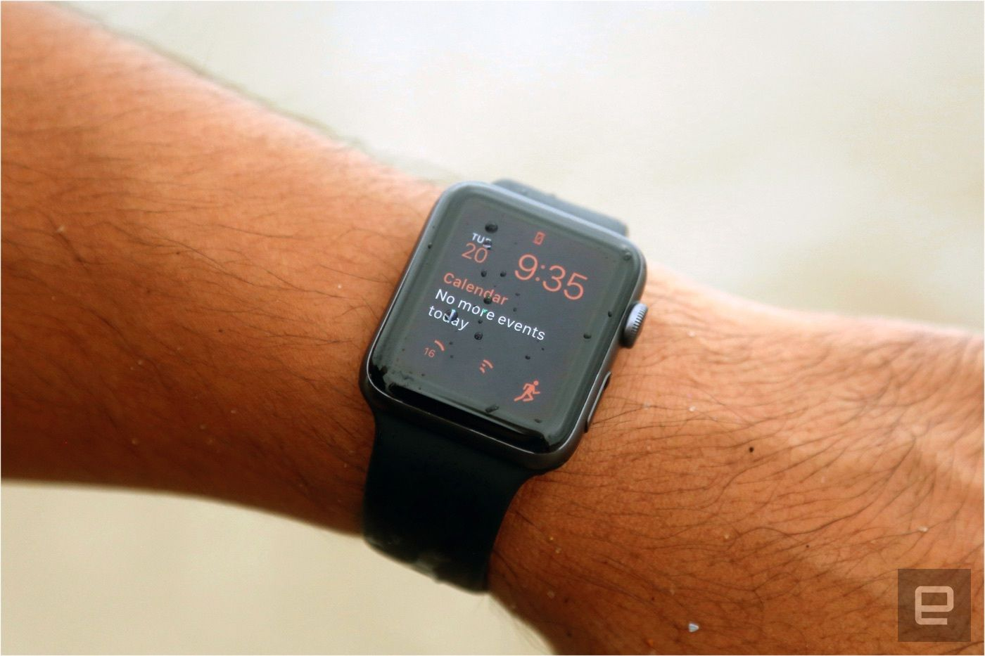 Apple pulls down Watch update that bricked Series 2