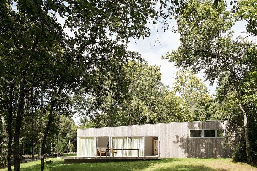 atelier mima constructs \u0027maison JJSM\u0027 in nivillac, france Timber