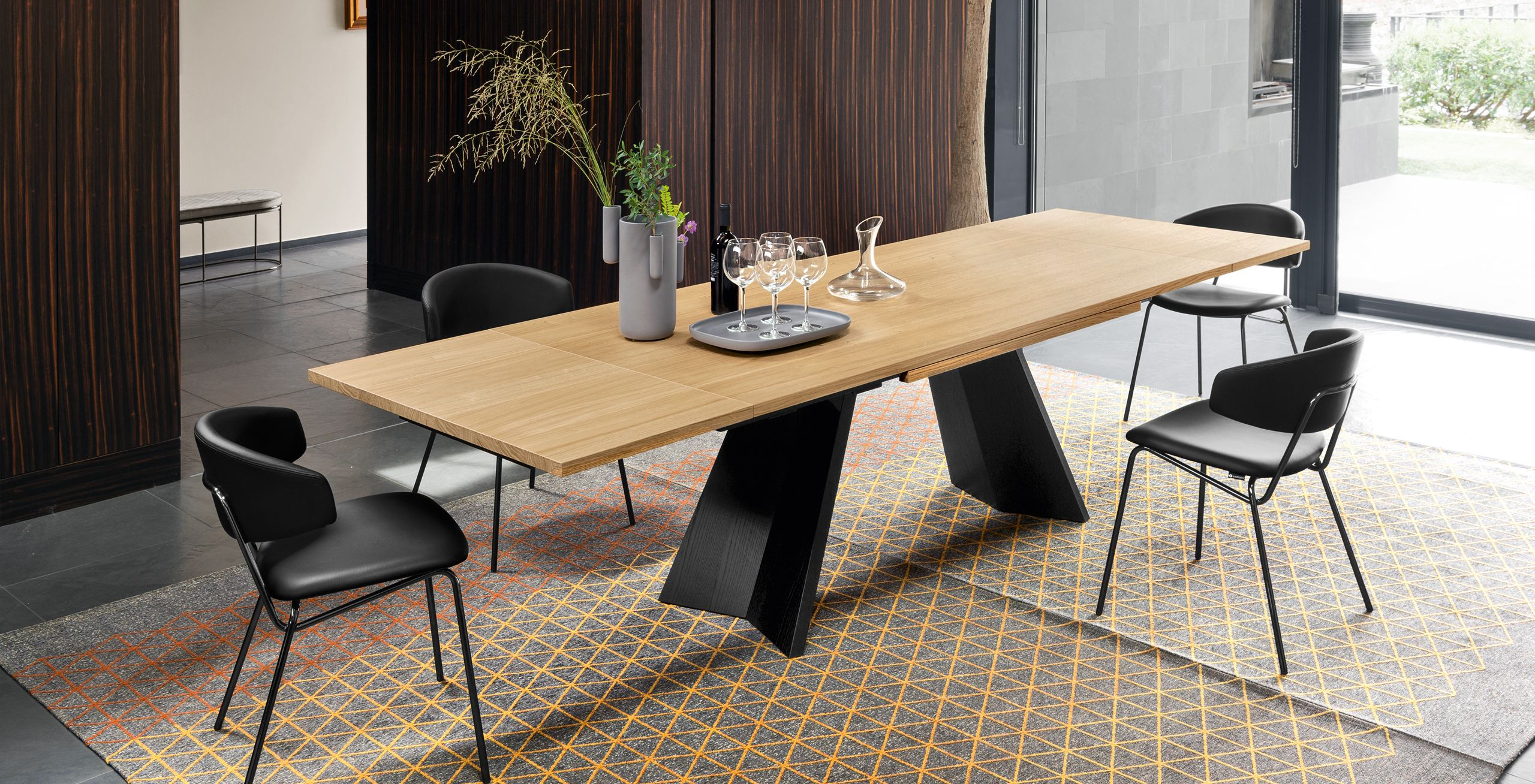 Extending Dining Table With Structural Base Calligaris Wooden