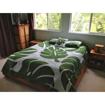 monstera hawaiian quilt bedspread