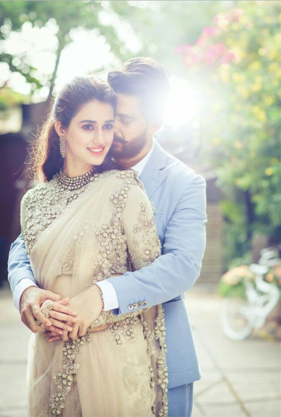 Free Download And Share Latest Amp Beautiful Collection Of 75 Hd Couple Image Wedding Photoshoot Poses Indian Wedding Photography Poses Wedding Couple Poses Beautiful married couple hd wallpaper