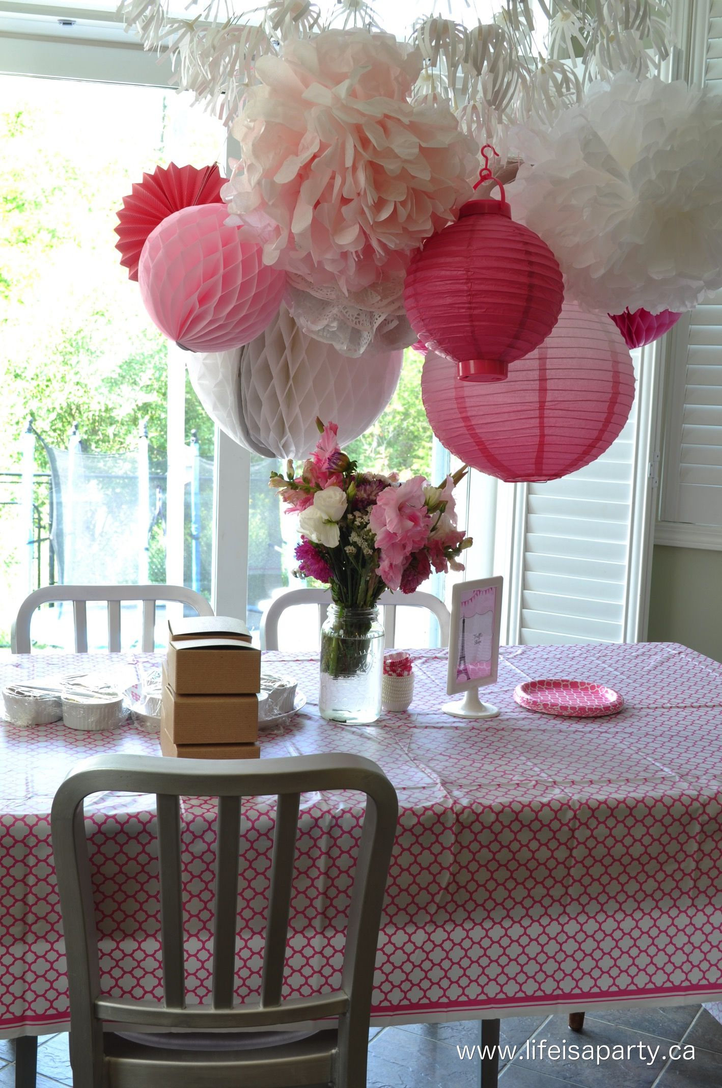 Paris themed birthday party ideas - Paris Birthday Party Part One Party Activities And Decorations Great Ideas For Activities