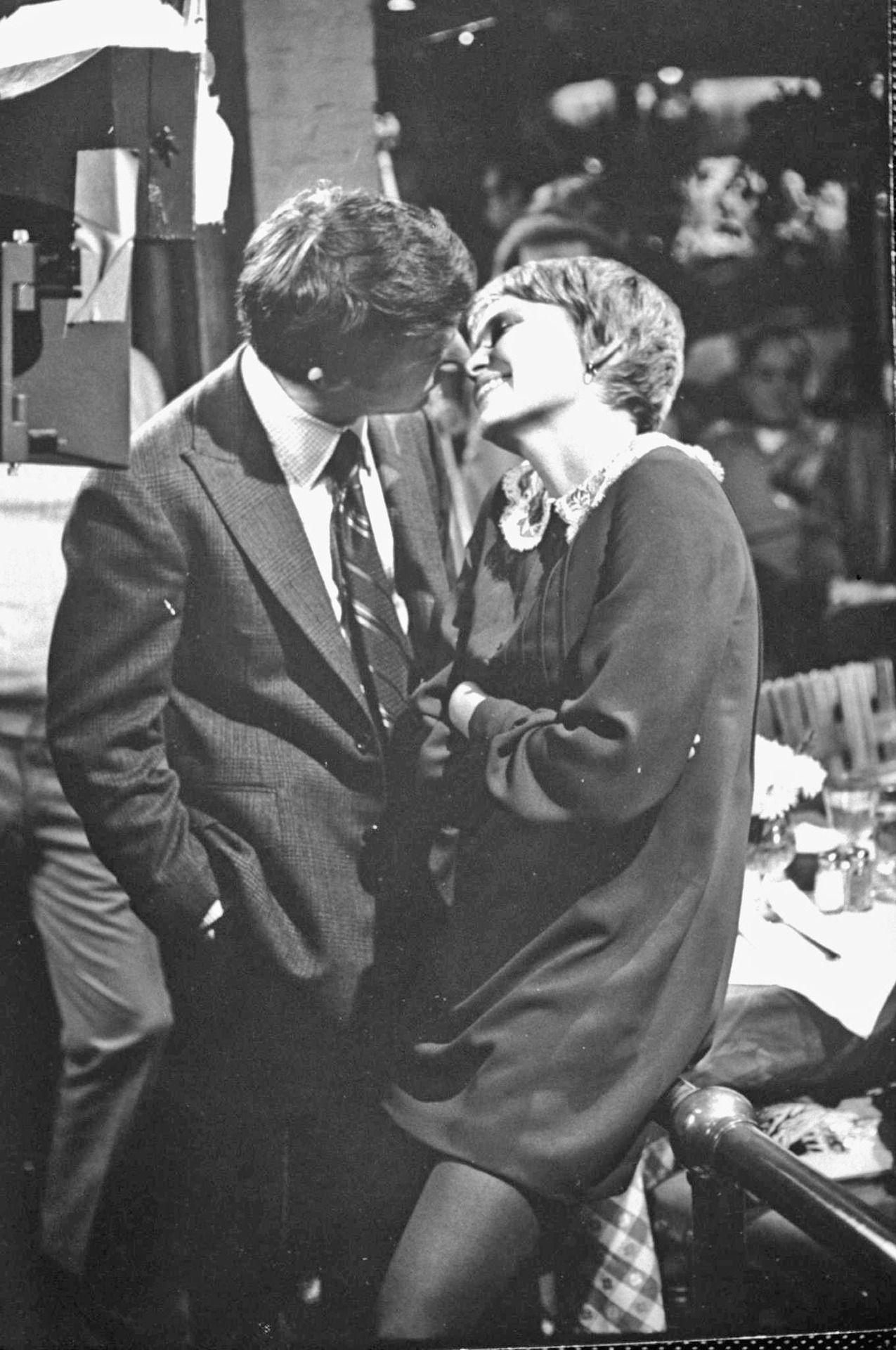 John and Mary - Dustin Hoffman and Mia Farrow