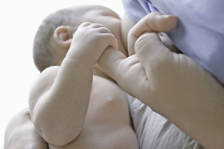71604480 Vast Photography Getty, Newborn Breastfeeding