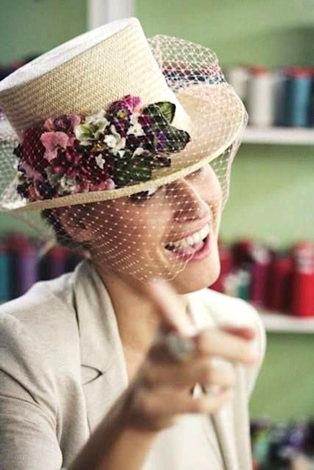 chistera invitada boda sombrero elegante perfecta wedding guest hat ... f09d404a183