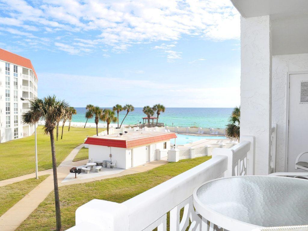 Beautiful beachfront condo ocean view granite