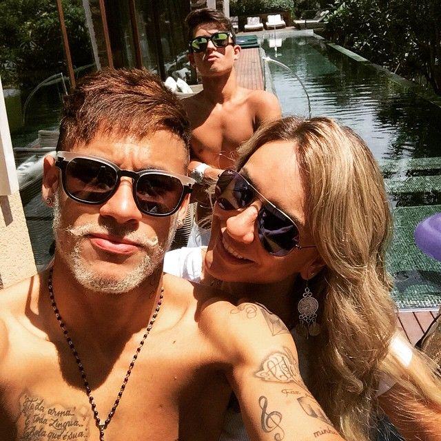 Neymar & Friends (28.12.2014)  Photo posted by @mlkandrei via instagram