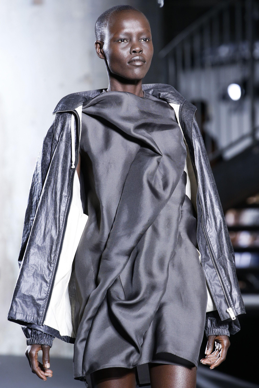 Rick Owens Spring 2016 ReadytoWear Fashion Show